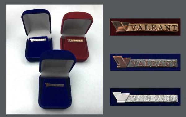Наградные памятные значки ВАЛЕАНТ, золото 585 пробы, серебро 925 пробы, бронза